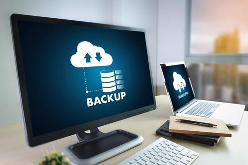Czy warto zlecić backup firmie informatycznej